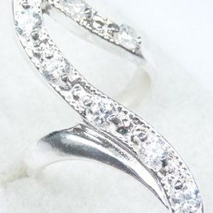 Strieborný prsteň Glare 105