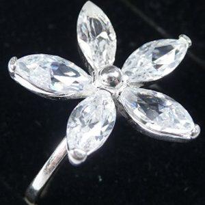 Strieborný prsteň Glare 107